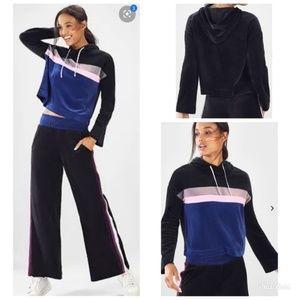 Fabletics Crop Hoodie Sweatshirt XS